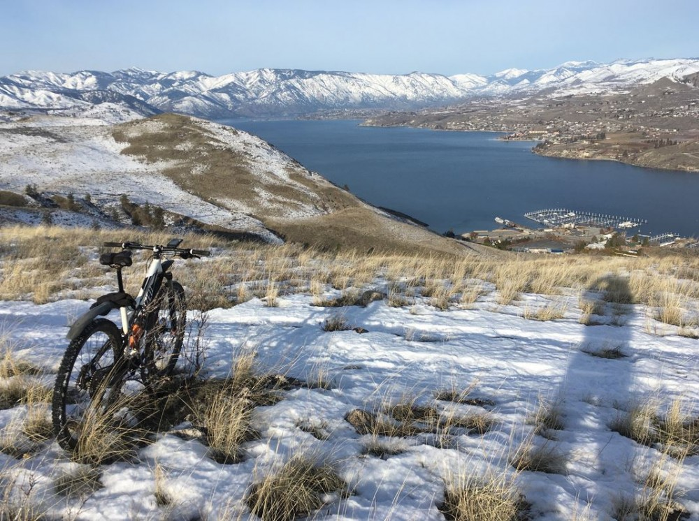 View looking North up Lake Chelan from the winter loop traverse.